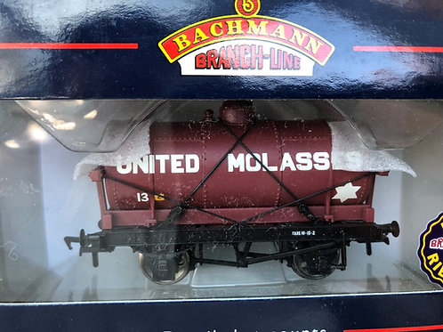 37-678 14 TON TANK WAGON WITH LARGE FILLER 'UNITED MOLASSES'