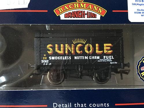 37-201 8 PLANK WAGON WITH COKE RAIL 'SUNCOLE'