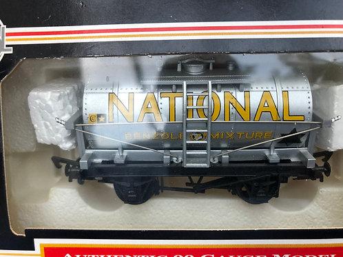B132 - NATIONAL BENZOLE TANK WAGON