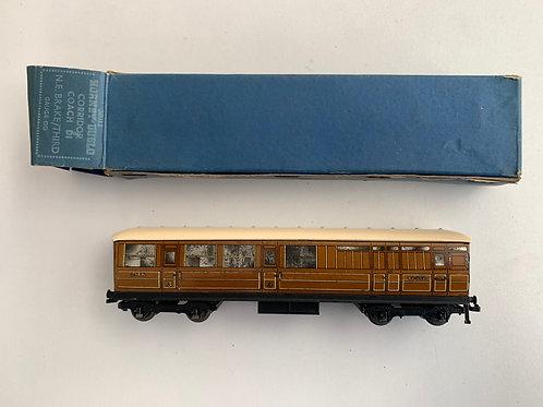 32011 LNER TEAK BRAKE / 3RD 45402 BOXED 9/1950