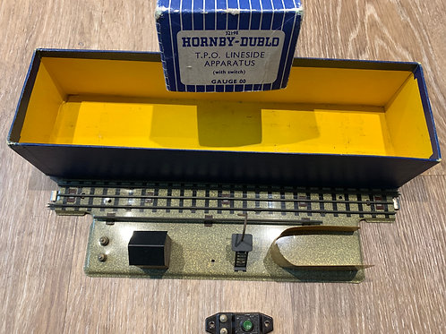 32198 3-RAIL T.P.O. LINE SIDE APPARATUS D1 WITH SWITCH - BOXED