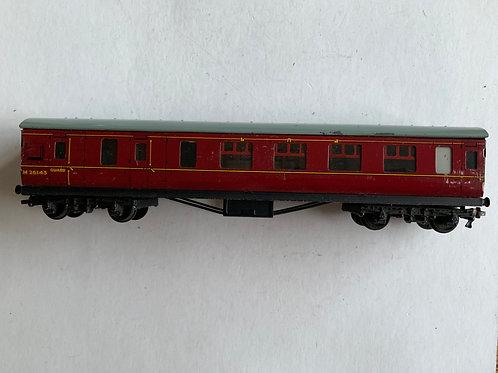 32023 D22 CORRIDOR BRAKE/2ND COACH M26143 - 2 or 3 Rail
