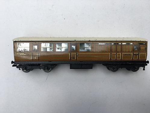 32011 LNER TEAK BRAKE / 3RD 45402