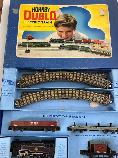 EDG18 2-6-4 TANK GOODS B.R. TRAIN SET