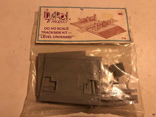 DAPOL C15 TRACKSIDE KIT LEVEL CROSSING