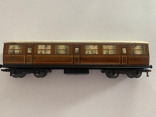 32010 LNER TEAK 1ST / 3RD COACH 42759 - 3 RAIL