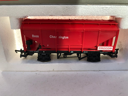 305653A2 BASS CHARRINGTON PROCOR HOPPER