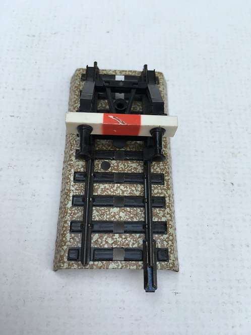 MARKLIN M 7391 BUFFER STOP COMES MOUNTED ON TRACK