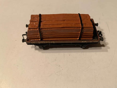 32085 D1 LOW SIDED WAGON WITH WOOD LOAD