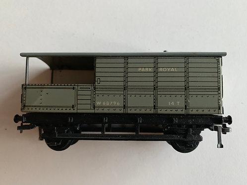 32047 D1 GOODS BRAKE VAN B.R. (WESTERN REGION) W68796 PARK ROYAL - 2 or 3 RAIL