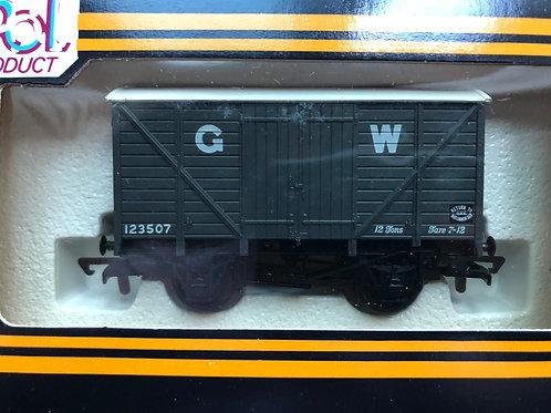 B144 - 12 TON VENT VAN G.W.R. GREY