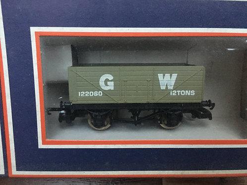 305616W 7 PLANK WAGON G.W.R.