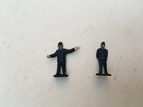 2 x POLICEMEN