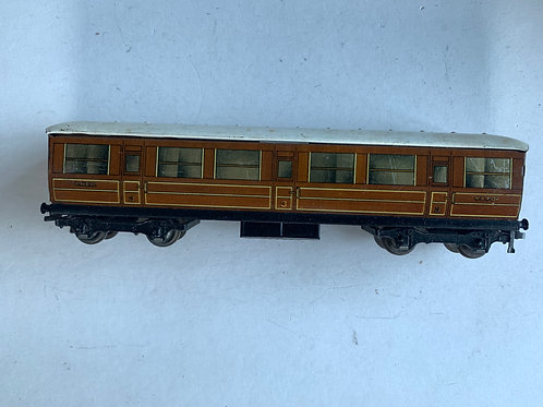32012 LNER TEAK BRAKE 3RD CLASS COACH 45401 - 3 RAIL