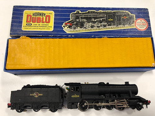 3224 2-8-0 8F GOODS LOCOMOTIVE 48094 & TENDER - BOXED
