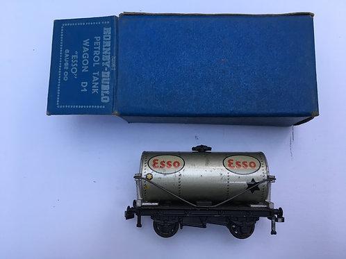 32081 D1 PETROL TANK WAGON ESSO 4/1951