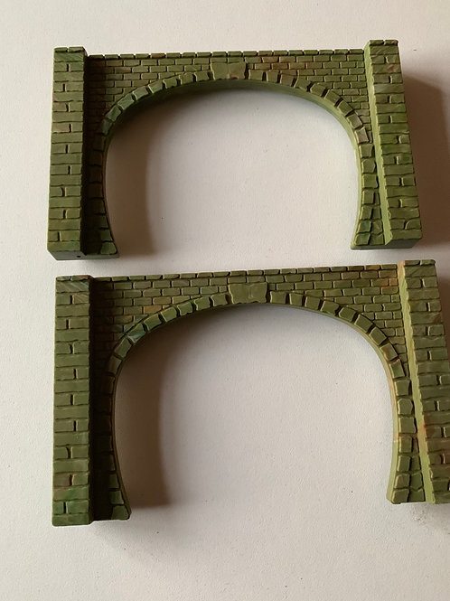 R.164 2 x STONE EFFECT TUNNEL MOUTHS