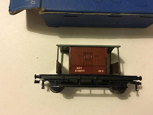 32046 D1 GOODS BRAKE VAN BR 4/1951