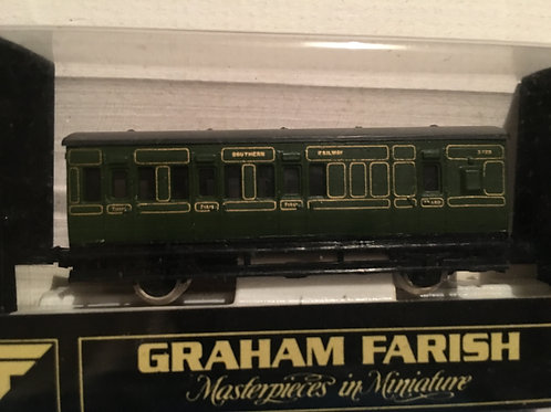 0663 1st / 3rd 4 WHEEL COACH SR SOUTHERN RAILWAY
