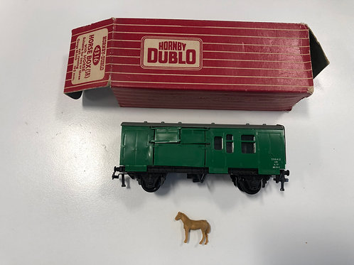 4316 HORSE BOX SR GREEN BOXED - INCLUDES HORSE - Box missing end tab