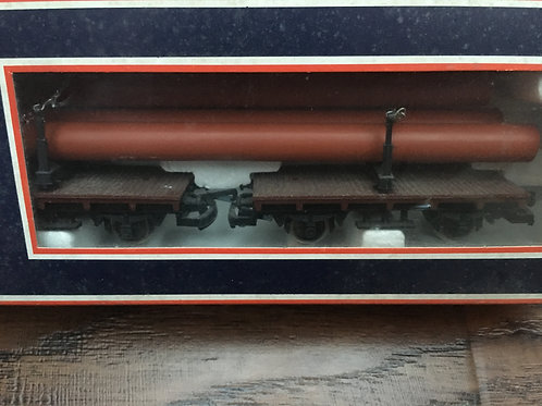309039 2x FLAT WAGONS WITH PIPE LOAD