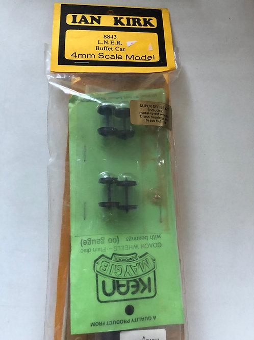 IAN KIRK 8843 LNER BUFFET CAR