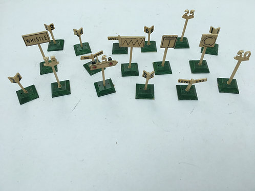 17 x PLASTIC TRACK SIDE SIGNS (UNBRANDED)