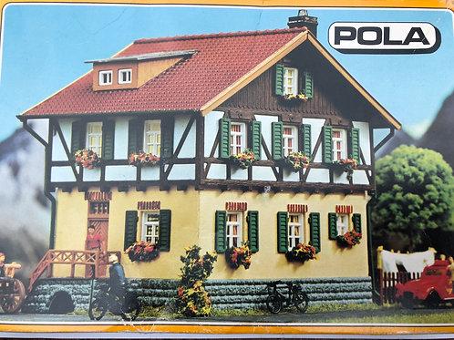 POLA 642 FARMERS HOUSE