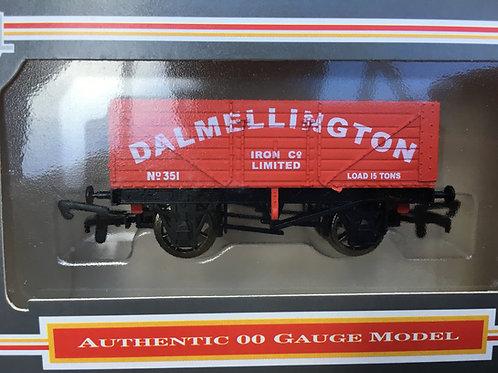 B324 - 7 PLANK WAGON DALMELLINGTON IRON CO