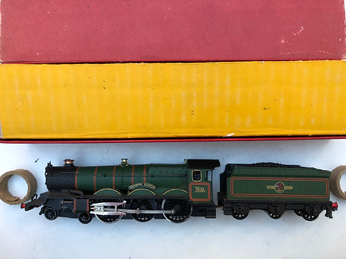 2220 DENBIGH CASTLE LOCOMOTIVE AND TENDER BOXED