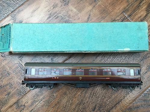 DR363 32015 VINTAGE D3 STANIER COACH L.M.S. 1st/3rd 4183 BOXED 6/1949