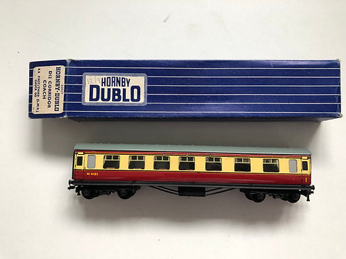 32017 D12 CORRIDOR COACH L.M.R. 1st/2nd M4183 - 2 or 3 RAIL