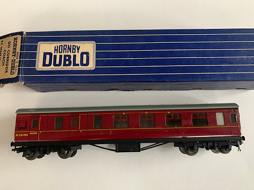 32023 D22 CORRIDOR BRAKE/2ND COACH M26143 - BOXED