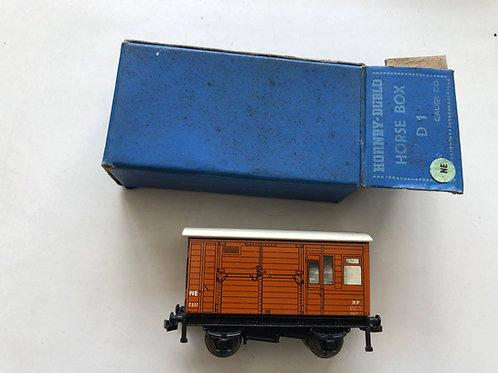 32060 NE HORSE BOX D1 BOXED 10/1951