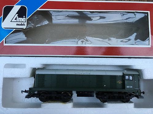 205156MWG BR GREEN CLASS 20 DIESEL LOCOMOTIVE D8138