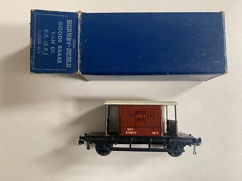 32046 D1 GOODS BRAKE VAN BR 12/1952 (WHITE ROOF)