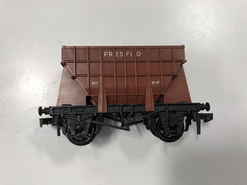 4626 PRESFLO BULK CEMENT WAGON BR - (plastic couplings)