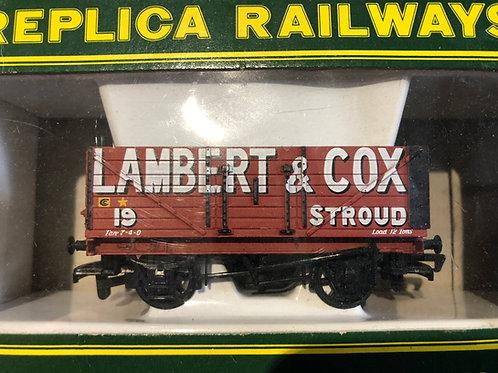 13207 7 PLANK WAGON 'LAMBERT & COX'
