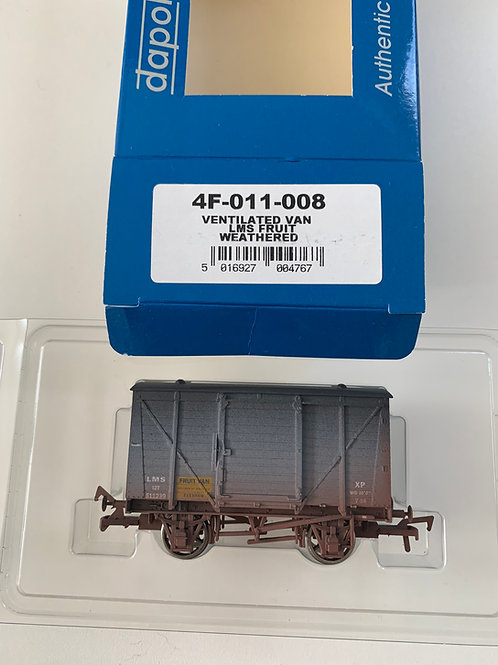 4F-011-008 LMS FRUIT VENTILATED VAN WEATHERED