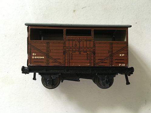 32020 8T CATTLE WAGON B893344