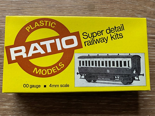 RATIO 5610 G.W.R. 4 WHEEL ALL THIRD COACH