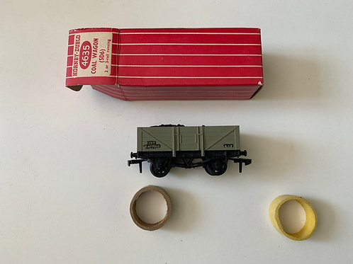 4635 13T COAL WAGON WITH OPEN BRAKE & LOAD B477015 (plastic couplings) - BOXED