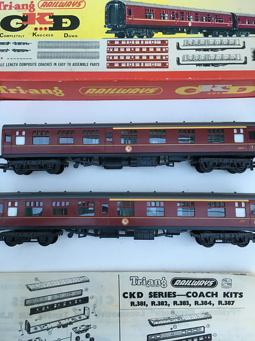 R.382 A PAIR OF COMPOSITE COACHES MAROON LIVERY