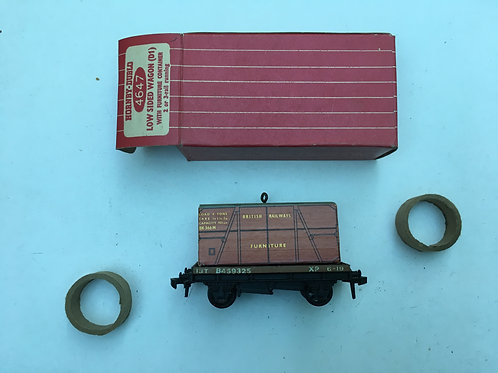 4647 LOW SIDED WAGON WITH FURNITURE LOAD (plastic couplings) - BOXED