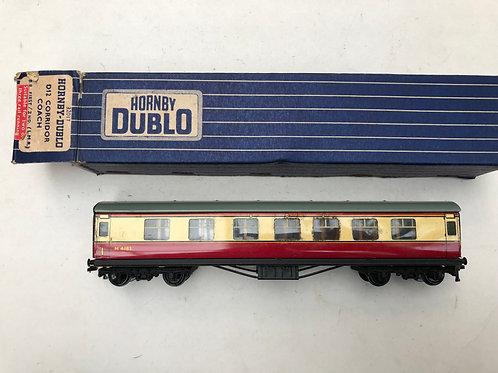 32017 D12 CORRIDOR COACH L.M.R. 1st/2nd M4183 - 2 or 3 RAIL
