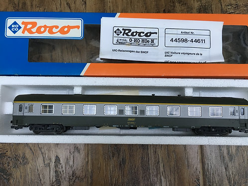 ROCO 44611 SNCF 1st CLASS PASSENGER COACH