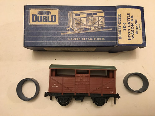 32021 SD6 8 TON CATTLE WAGON BOXED