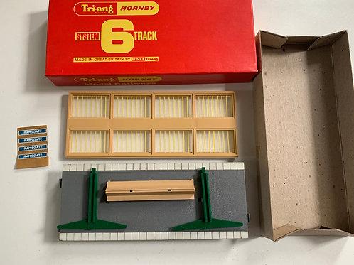 R.585 PLATFORM PACK