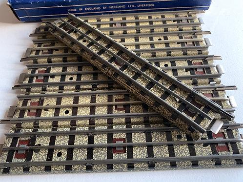 EDB1.5 6 x 1/2 HALF STRAIGHT RAIL BOXED
