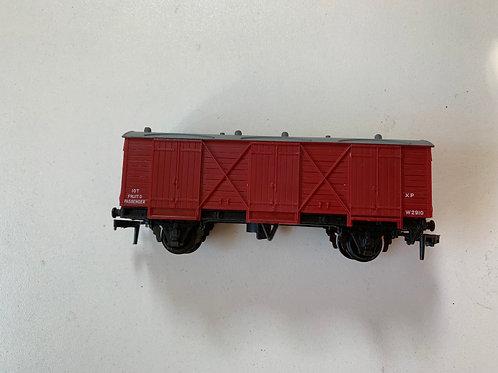 4305 PASSENGER FRUIT VAN W.R. (plastic couplings)